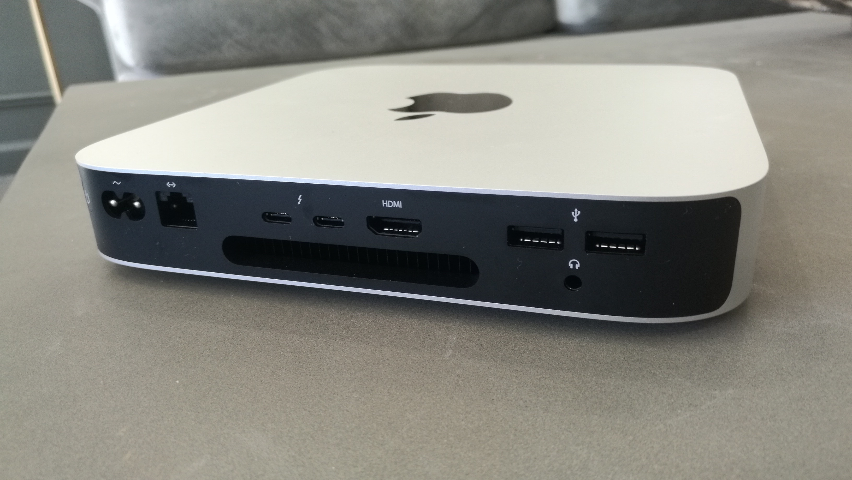 Puertos Apple Mac mini (M1, finales de 2020)